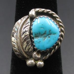 Size 4.25 Silver Tone Rustic Floral Turquoise Ring